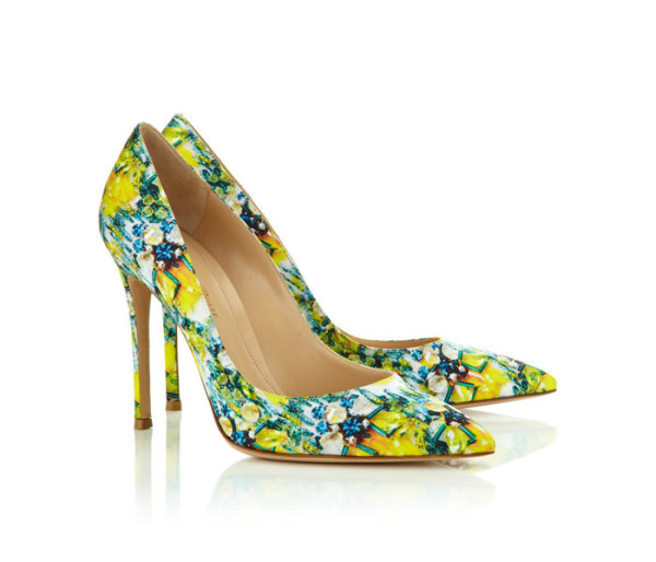 Mary-Katrantzou-x-Gianvito-Rossi-Footwear-Collaboration-8-600x514